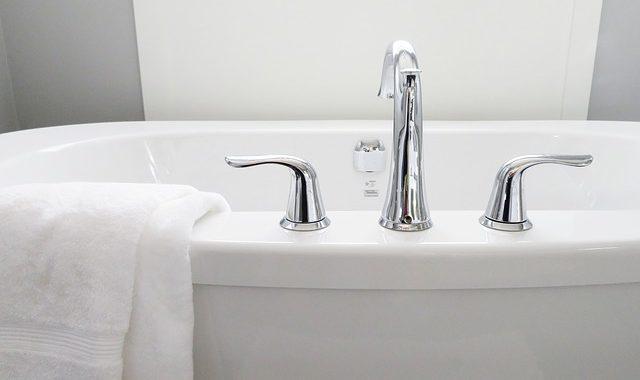 Les robinets dans votre salle de bains